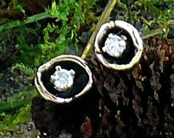 Water Cast Droplet Diamond Earrings in 14KT Gold
