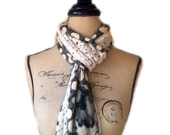 Womens multi-colour scarf
