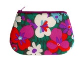 Zip purse - Vintage fabric - Bright floral in purple, pink, blue & green
