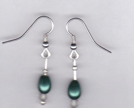 Elegant Green Beaded Dangle Earrings