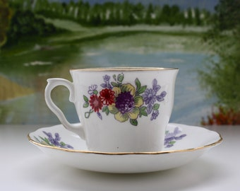 Vintage Floral Pattern Bone China Tea Cup made By Vale China  in Longton, England