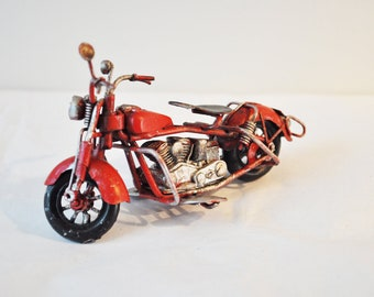 Miniature red Harley retro bike, vintage, collectible, Harley type mtorcycle of alloy and rubber, favours,bike, nurdery decor, md nineties