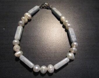 Beaded Pearl Bohemian Bracelet