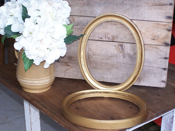 vintage set of oval picture frames ornate shabby chic cottage farmhouse decor empty frames decor