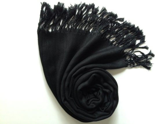 Výsledok vyhľadávania obrázkov pre dopyt pashmina shawl black