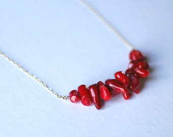 Coral String : Necklace