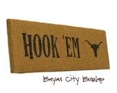 UT Hook 'Em Horns burlap sign