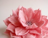 Magic Flower in Pink, Hand Felted Brooch, Wool Flowers, Felted Jewelry