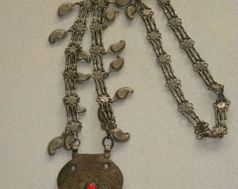 vintage amazing necklace