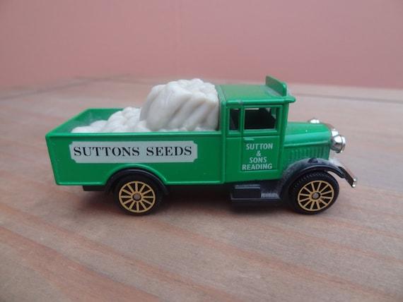 Vintage Corgi Suttons Seeds Morris Truck - Toy Truck