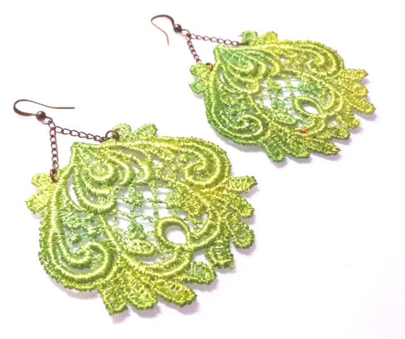 VOODOO CHILD- Grass- Lace Earrings