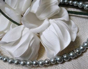 Elegant Blue Pearl