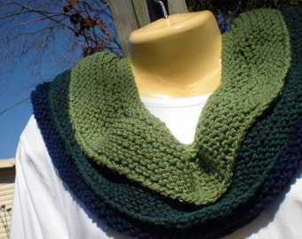 Ruffled Royalty Cowl Neckwarmer Scarf Navy Green Layered Warm