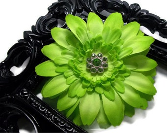 Lime green flower hair clip, girls hair flower, flower hair accessories lime green daisy flower hair clip with rhinestone center
