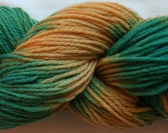 Hand Dyed 100% Merino Worsted Weight Yarn ...soft (83)