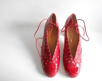 Varnish red shoes
