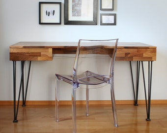 Desk in Walnut solid with filigree steel legs
