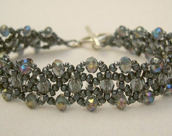 Filigree bracelet with sparkling beads in anthracite, light grey