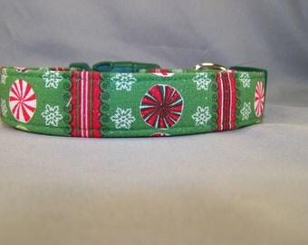 Glittering Peppermint Stripe Green Dog Collar