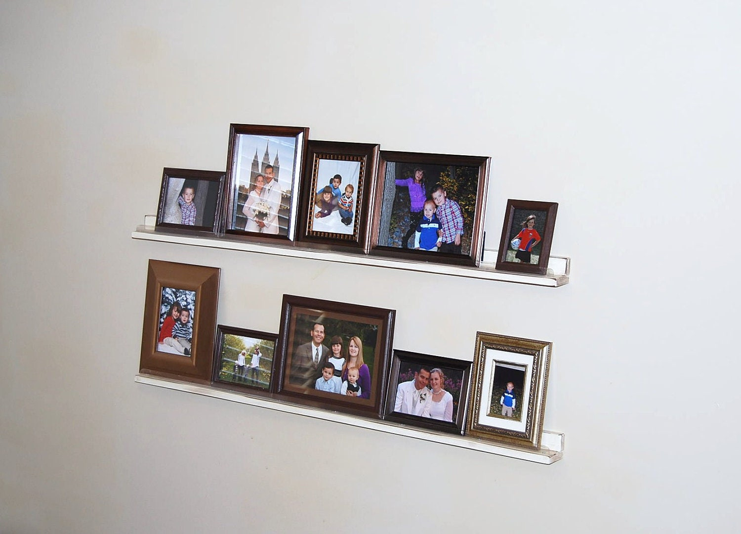Picture frame shelves with shabby chic finish pdf - Shelving for picture frames ...