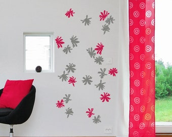 Magnolia - Wall Decal - Coordinated Colors - H50 x W25