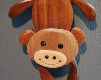 MONKEY MAGNET Wood Carving