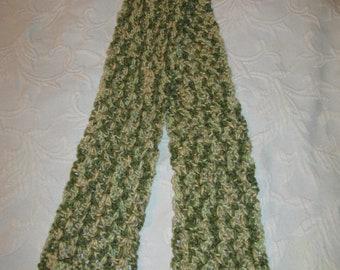 Women's Crochet Scarf, green camo