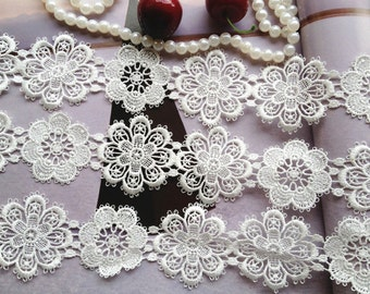Off White Venise Lace Trim - 2 yards for Wedding Dress Supplies Costume Design Flower Applique Lace Trim