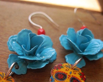 Day of the Dead Earrings, turquoise enamel rose Calaveras Earrings, Vintage Tattoo Flash design, Mexican Jewelry, skull, Cinco de Mayo