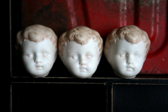 The Triplets 3 Vintage German CREEPY Sweet Dug Up Doll Heads BOYS Painted Hair Frozen CHARLOTTE 33e5c3