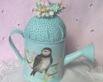 Pincushion Shabby Bird