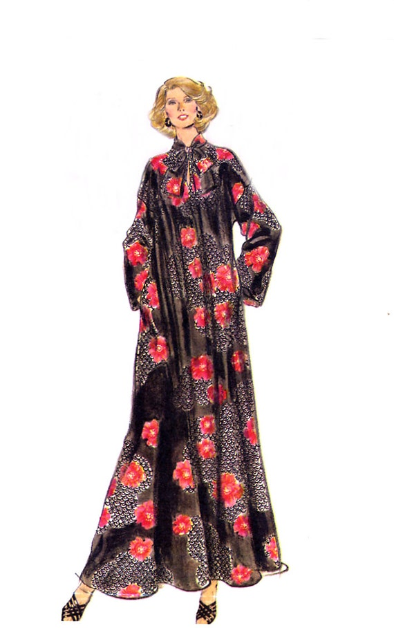 Vogue 9353 Easy Caftan / Robe Pattern - Ankle Length / Pullover Robe / Loose Fitting - Size 12