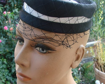 Vintage Black and White Ladies Mod Hat with Wide Netting