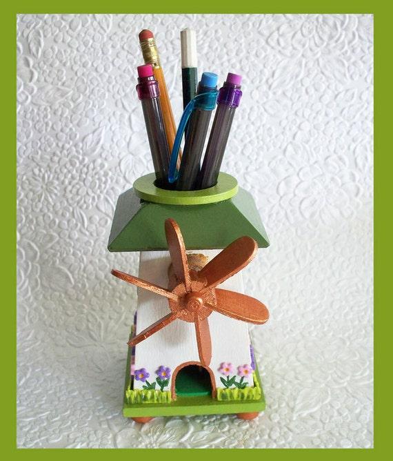 Windmill Desk Pen and Pencil Holder