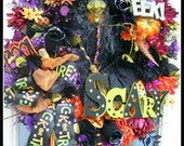 Delightful Halloween Witch Wreath--Green Faced Witch, Halloween Door Decoration. Free US Shipping.