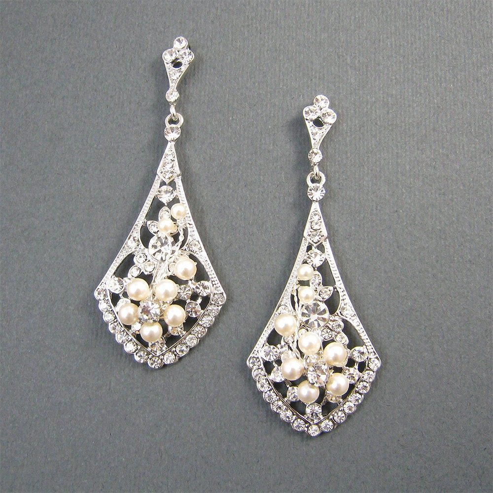 Vintage Style Bridal Earrings Ivory Pearl Wedding Earrings