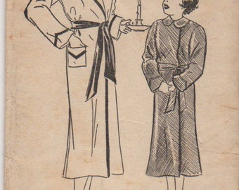 Pictorial Pattern 7067 1930s Toddlers Snug Robe Pattern Girls Childrens Vintage Sewing Pattern Size 2 Breast 21 UNCUT  Printed