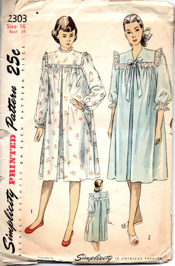 Simplicity 2303 1940s Hospital Or Maternity Gown Pattern