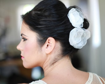 White Flowers for Hair, Floral Combs, White Wedding Accessories, Bridal Hair Flowers in White Chiffon with Clear Swarovski Crystals, 2 combs