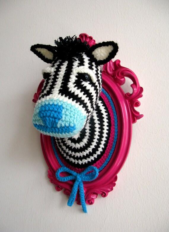 Crochet zebra head in a wooden hot pink frame