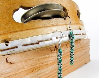 Green Long Byzantine - Chainmaille Earrings