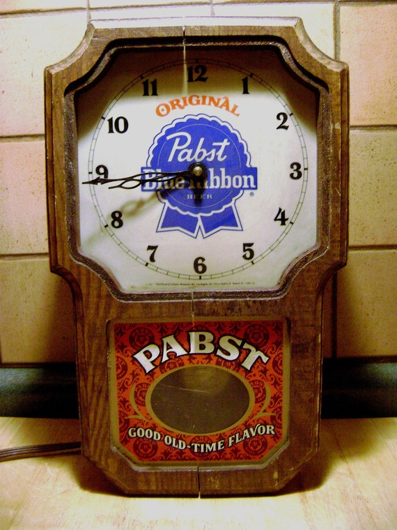 Vintage Pabst Blue Ribbon Beer Electric Pendulum Wall Clock