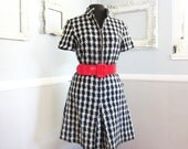 Vintage 60s Mod Houndstooth Romper // Black and White // 1960s Size Medium