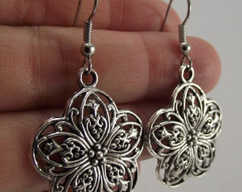 Detailed Silver Flower Earrings, Antiqued Silver Earrings, Pewter Earrings, Filigree Jewelry, Wedding Gift, Bridesmaid Gift, Gift under 20