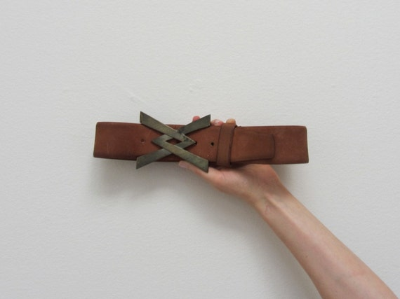 vintage Vera Neumann belt . wide leather metal buckle V X .small.medium .sale