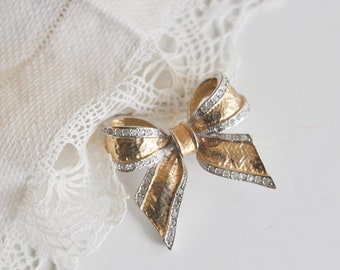 Bow Brooch, Vintage Silver and Gold Rhinestone Bow Brooch, Rhinestone Jewelry,  1980's Bow Goldtone Gold Tone Brooch Romantic Wedding Brooch