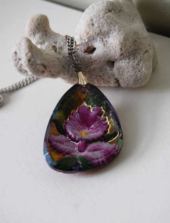 Sale,Vintage, Reversed Carved Glass Intaglio, Orchid Flower, Pendant Necklace,was 16.00