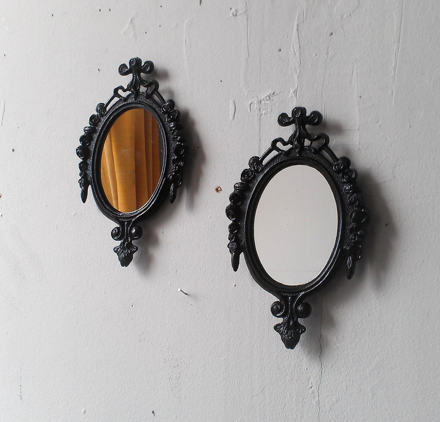Wall Mirror Set Entry Way Decor Vintage Oval Frames Small