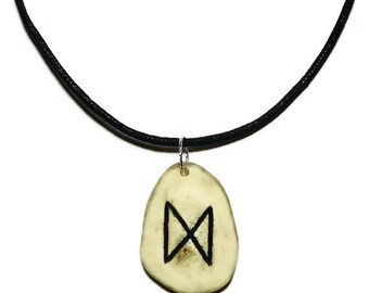 Dagaz Bone Rune Necklace