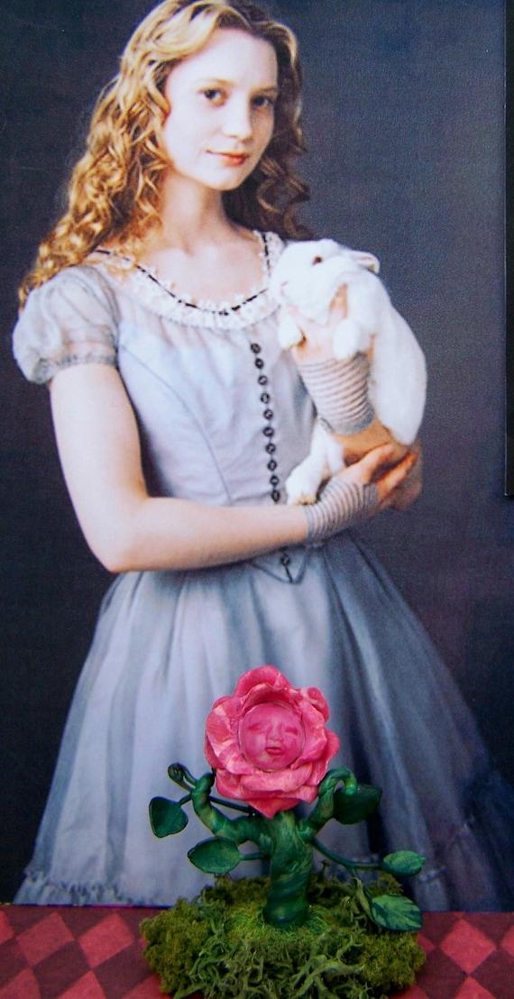 Dollhouse Miniature Alice in Wonderland Talking Rose Garden Plant